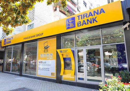 cambiare soldi in Albania